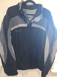 Columbia Waterproof  Zip Up Vintage Retro Jacket  Black Grey Jacket Size X Large