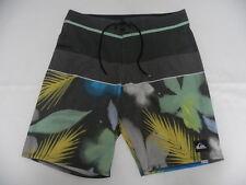 "Quiksilver Choppa 20"" Metal Floral Boardshorts Shorts Sz 32 Surf"