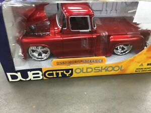 JADA 1/24 DUB CITY OLD SKOOL 1955 RED CHEVY STEPSIDE