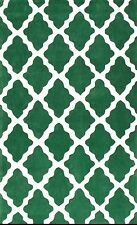 Modern area rug/carpet in Irish green and white 5 by 8 size (Design#88)