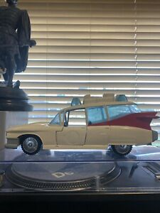 Ghostbusters ecto 1 Car 80s Toy