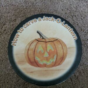 """HOW TO CARVE A JACK-O-LANTERN 4.5"""" Mini Plate Set of 4 MWW Market With Box ~ NEW"""