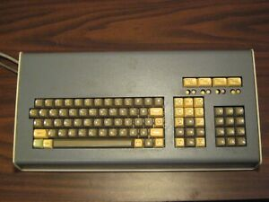 Unique Vintage KeyTronic magnetic reed switch Keyboard in massive case