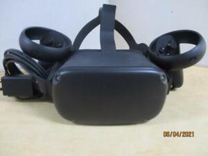 Oculus Quest VR head set