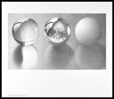 MC Escher Drei Kugeln II Poster Kunstdruck mit Alu Rahmen in schwarz 55x65cm