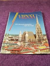 VIENNA 137 COLOUR PHOTOGRAPHS WITH CITY MAP.ENGLISH!!