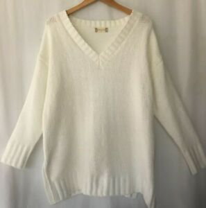 altar'd state size M off white plush knit pullover sweater tunic length NWOT