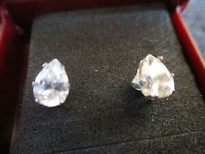VINTAGE PEAR SHAPE SOLITAIRE DIAMANTE EARRINGS in GIFT BOX EX c.1950's