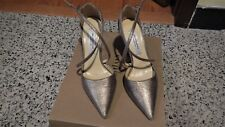 Saks Fifth Avenue Made In Italy Gold Heels - Size 7B