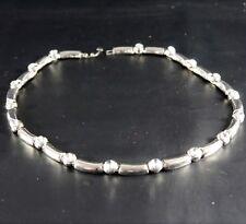 Metallo color Argento Collana Con Bianco Vetro Trasparente Sfaccettato Gemme