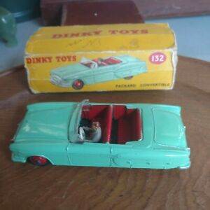 DINKY TOYS PACKARD CONVERTIBLE  MADE IN ENGLAND 132