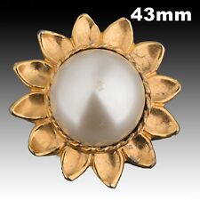 Vintage Gold Metal Button w// 3 Sizes Faux Pearls 17mm 40023014