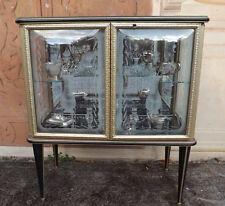 Splendida Vetrina a due ante anni '50, finiture dorate e vetri lavorati