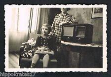 Foto vintage photo, chicas, tubos radio, Living Room radio Tube, Girl,/71 *