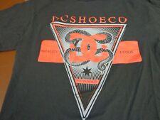DC Shoes Company  Quality Goods T-Shirt Tee Medium T Shirt     Q7