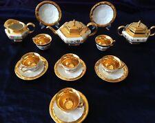 Magnifique service ART Deco en porcelaine LIMOGES à café/thé décor fleurs et or