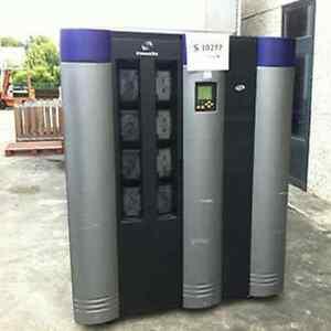 SUN Storagetek L1400M L700 Tape Library Incl 5x LTO2 Drives 678 slots COMPLETE