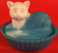 """CAT COVERED DISH SLAG GLASS BLUE & WHITE RIBBED 5 1/2"""" VINTAGE CANDY NUT DISH"""