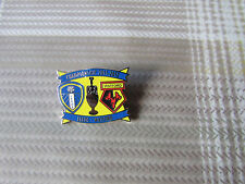 LEEDS United v WATFORD 2011 - 2012 Championship Game FOOTBALL Pin Badge