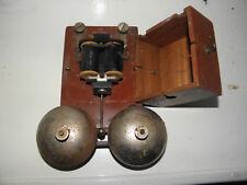 Ancienne sonnette Telephone Murale En bois....Deux cloches metal -concours 1934