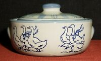 Louisville Stoneware - Gaggle of Geese - 1 Qt Covered Casserole