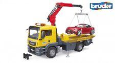MAN TGS Abschlepp-LKW mit Roadster und Light & Sound Module 1:16 Bruder 03750