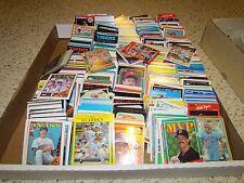 MLB MINNESOTA TWINS  Huge Lot (Hundreds)of Baseball Cards 80's,90's & older