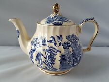 Vintage Sadler English Teapot China Porcelain Blue Willow Gold Trim Small 2 Cup