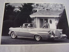 1957 PONTIAC STARCHIEF CONVERTIBLE WITH CONT. KIT 12 X 18 LARGE PICTURE / PHOTO