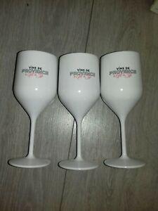 Verres à pied en acrylique polycarbonate blanc vins de Provence le gout du style