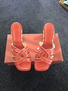Van Dal Sandals Size 6 Medium Heel