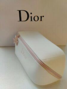 Dior Beauty Cosmetics Bag Elegant WHITE CD Logo Charm Square Cone