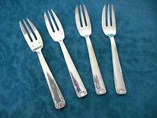 4 fourchettes à dessert en métal argenté