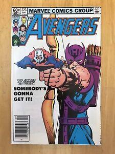 Avengers # 223 NM (9.4) Classic Cover Hawkeye Ant-Man Marvel Comics 1982
