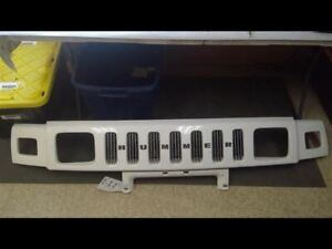 Grille Radiator Upper Painted Fits 04-07 HUMMER H2 157380