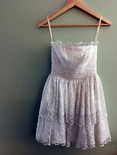 White Lace Betsey Johnson Dress with Scalloped Lace Trim Short Size 0 Bridal