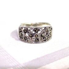 925 STERLING SILVER  MARCASITE PETAL PATTERN WIDE BAND  RING SIZE 9