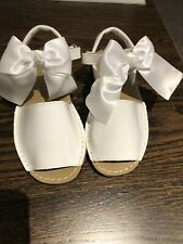 Girl White Patent Sandals W Bow Sz 13