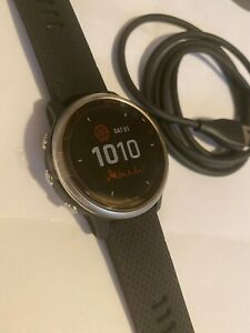 Garmin Fenix 6S Solar - Silver  Black smartwatch GSP  42