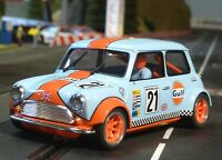 Slotcar BRM MINI Cooper GULF in 1:24 VORBEREITET für Carrera Digital      BRM089