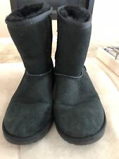 Ugg Black Short Classic Boots Size 6 Or 38  Girl Womens