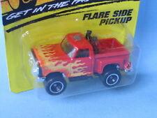 Matchbox Ford Flareside Pick-up rojo con llamas en EE. UU. BP 75 mm