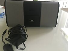 Altec Lansing iM310 - iPhone portable speaker dock