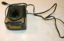 DeWalt 9107 7.2V - 18V  smart battery charger good