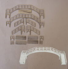 P&D Marsh N Gauge N Scale B24 NE Cast Iron footbridge kit requires painting