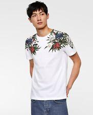 Zara Man New Short Sleeve T-shirt Featuring A Floral Print And A Round Neckline