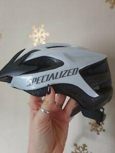 Specialized Align Bike Helmet White / Black Medium 54-62cm (used)