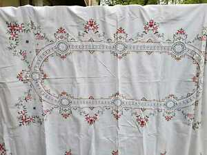 """Vintage White Tablecloth Embroidered Floral Crochet Lace Inserts 63"""" x 96"""""""