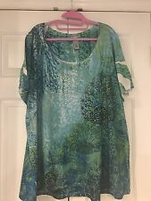 Catherines 2x Women's Shirt Blue Green White with Gold Embellishments VERY NICE
