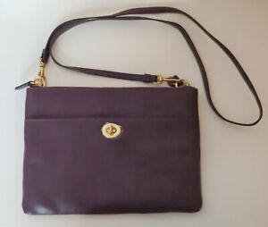 Vintage Coach Plum Wine Leather Tablet / E-Reader Messenger Shoulder Bag NEW